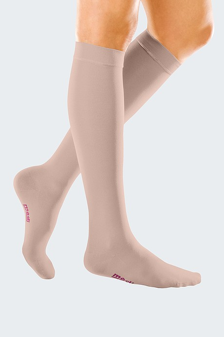 mediven forte below-knee stockings from medi